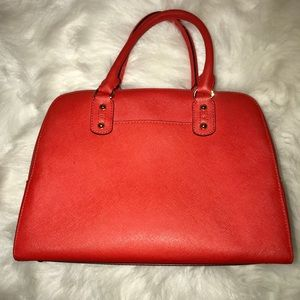 Michael Kors Bags - Michael Kors Handbag in a burnt orange